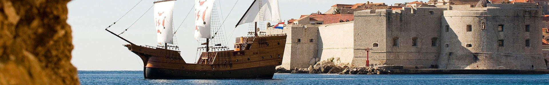 dubrovnik boat karaka