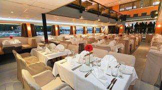 Event Boat Dinner